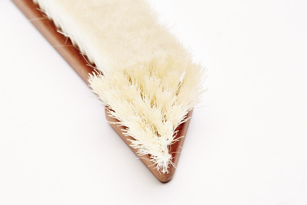 Book brush