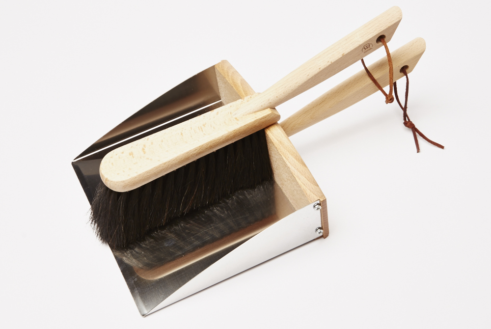 Dustpan & brush set