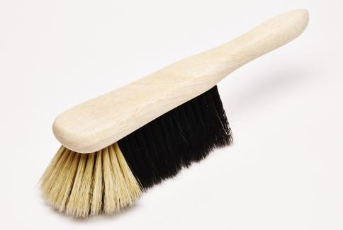 Horse hair bannister brush