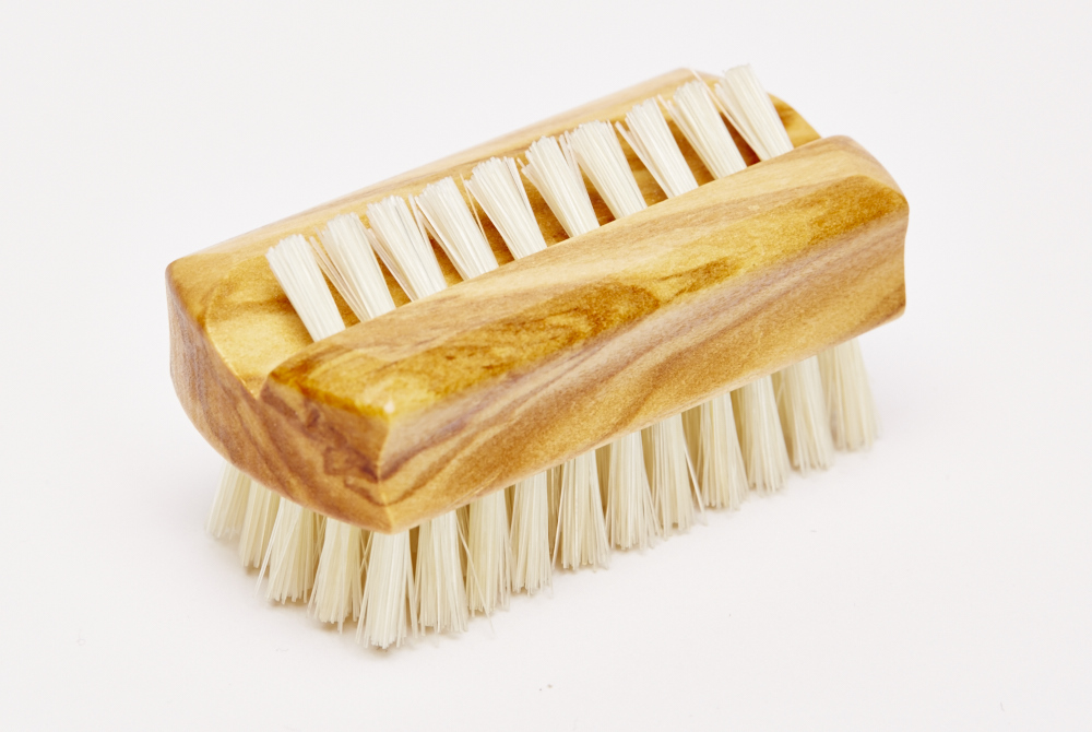 Olivewood Travel Nailbrush
