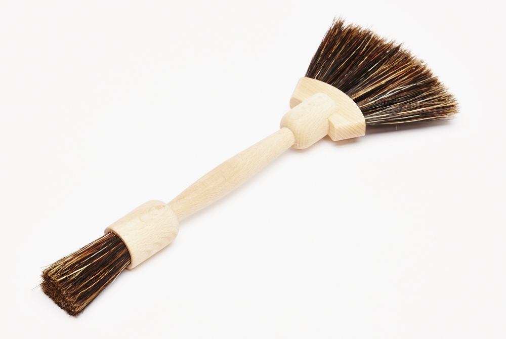 Fan Shaped Dust Brush