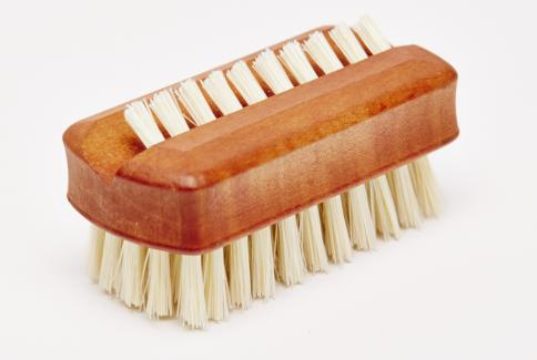 Pearwood Travel Nailbrush