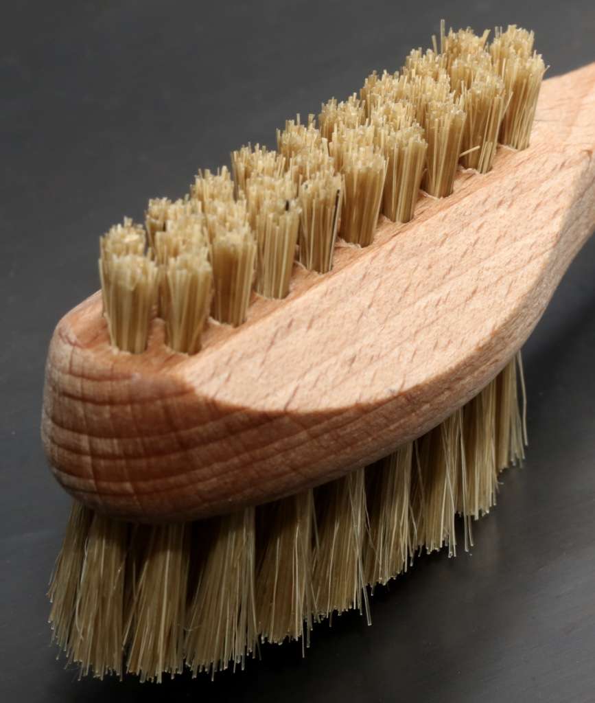 Nailbrush with Handle